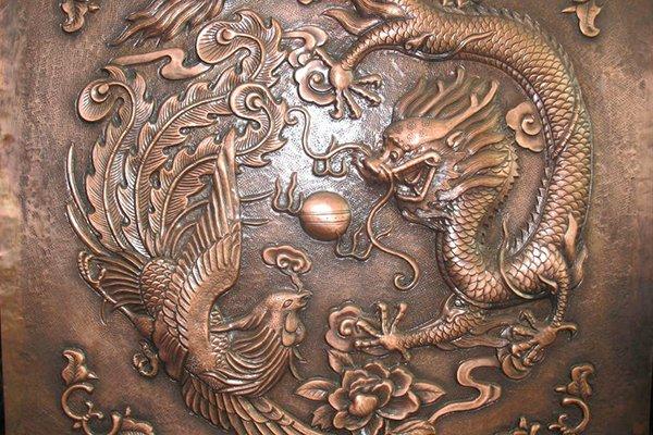 南京雕塑厂介绍常见的铸铜浮雕保养措施有哪些?